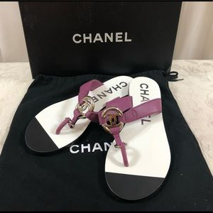 🆕 Chanel CC Leather sandals 👙⛱